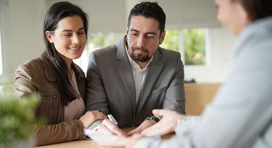 Immobilientausch Ehepartner mit Makler